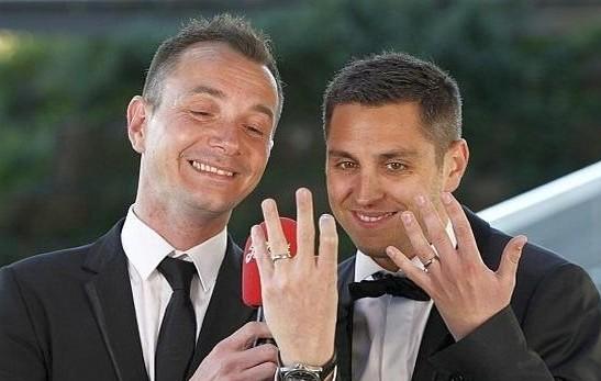 Un Mariage Gay et de réseau gay