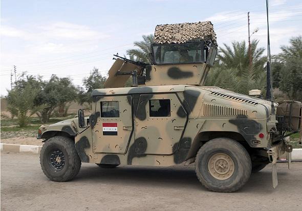 l arm e irakienne a perdu 2 300 v hicules au profit de l 39 tat islamique lors de la chute de. Black Bedroom Furniture Sets. Home Design Ideas