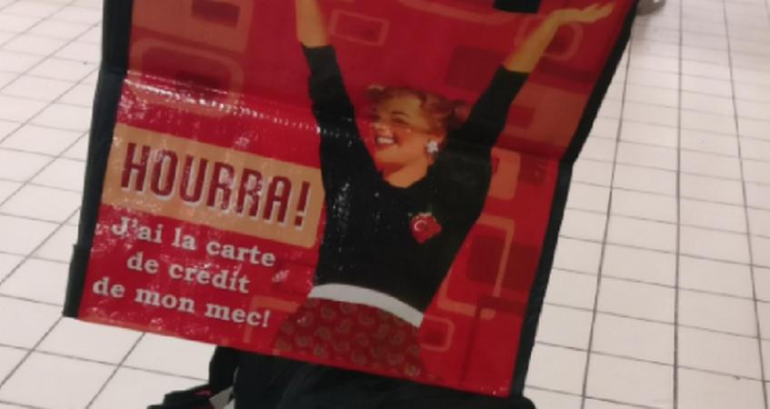 Carte Tnt Auchan.Totalitarisme Participatif Quand Auchan Retire Ses Sacs Sexistes