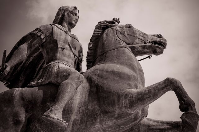 Alexandre le Grand fils de Philippe II roi de Macédoine pend//Chaîne 1-S