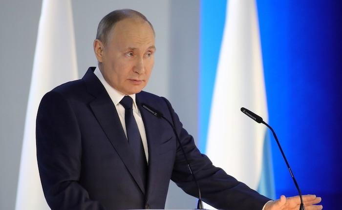 Poutine soumet au Parlement russe le retrait du traité international Ciel ouvert