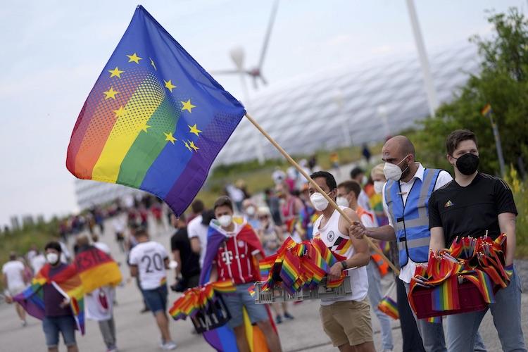 L'UE effarée : pornographie, homosexualité et transidenté ne seront plus promues auprès des mineurs en Hongrie