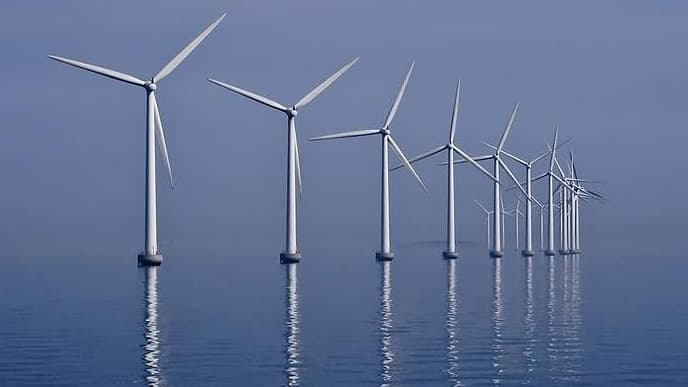 Parc éolien : alors que les pêcheurs de Saint-Brieuc portent plainte, Castex annonce un nouveau projet en Normandie