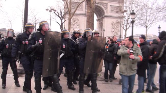 20130324-police-civils-01-norm-00001686-png-dintrl-0-720-77db8